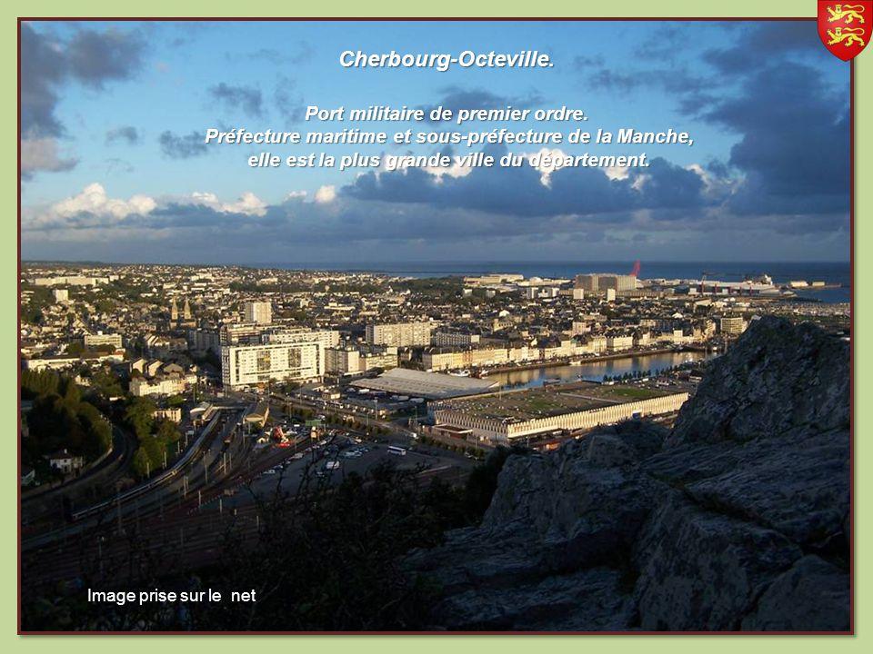Anse du Brick. situé au centre du Nord Cotentin Image prise sur le net