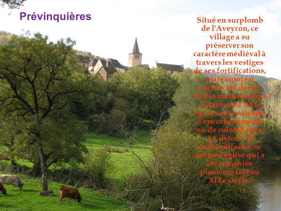 Ce petit village perché bâti sur un éperon rocheux, limitrophe du département du Cantal, surplombe le cours d eau du Lot.