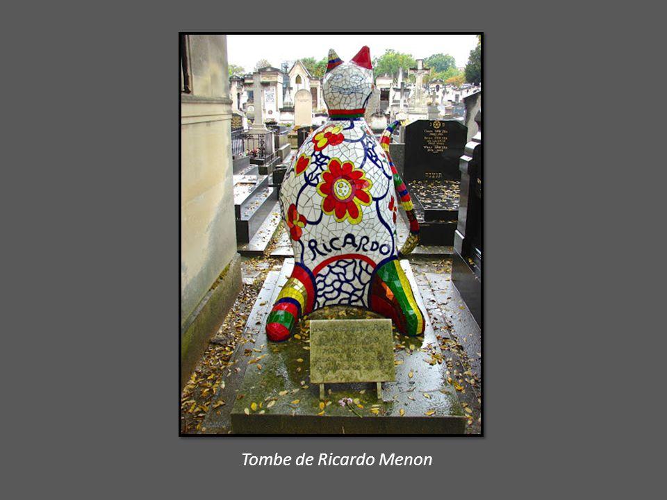 Monument de Jean-Paul Sartre et de Simone de Beauvoir et celui de Gérard Oury