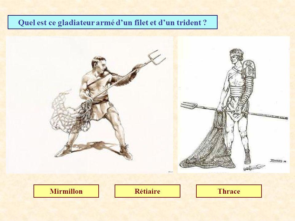Quels hommes saffrontaient dans les arènes ? Les barbares Les gladiateurs Les légionnaires
