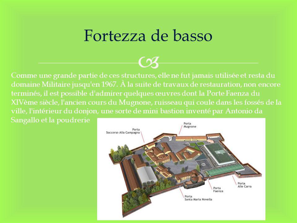 Fortezza de basso Comme une grande partie de ces structures, elle ne fut jamais utilisée et resta du domaine Militaire jusqu'en 1967. À la suite de tr