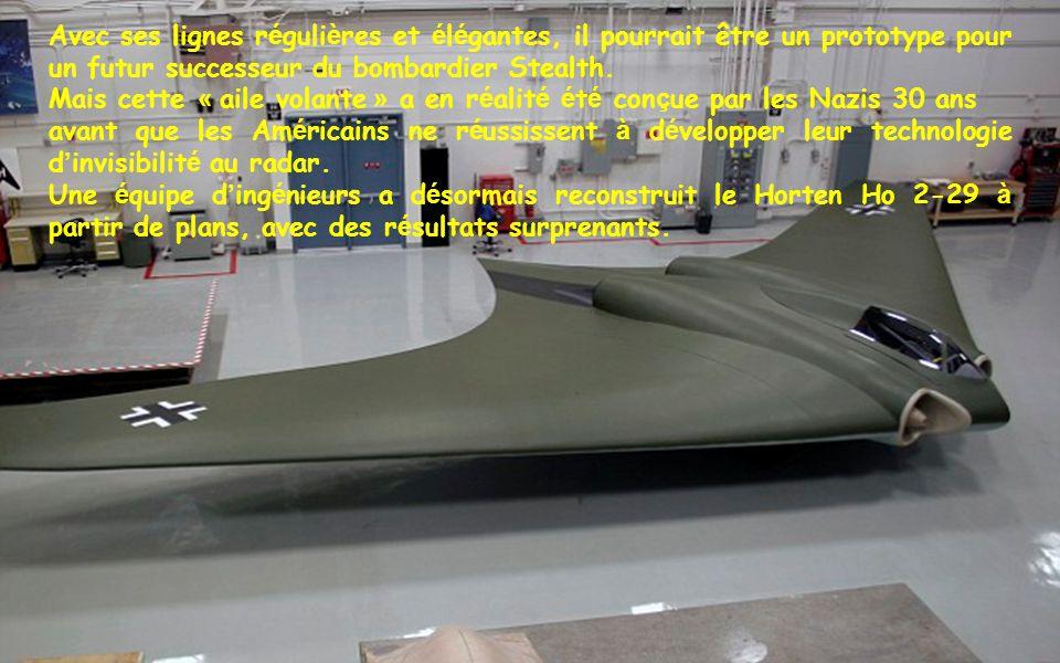 Gardez en m é moire que cet avion a é t é construit dans les ann é es 40. Il ressemble à nos bombardiers Stealth actuels. Si Hitler avait pu les produ