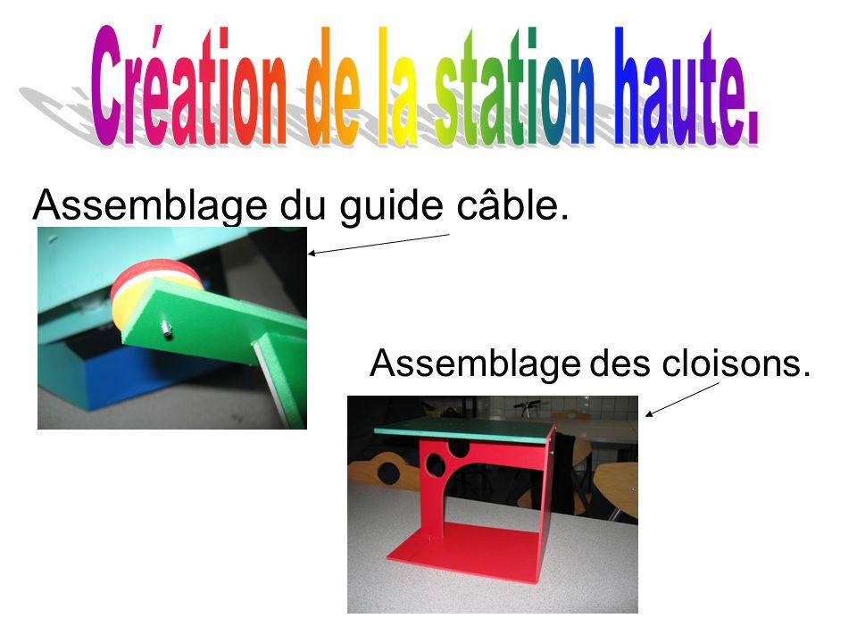 Assemblage du guide câble. Assemblage des cloisons.