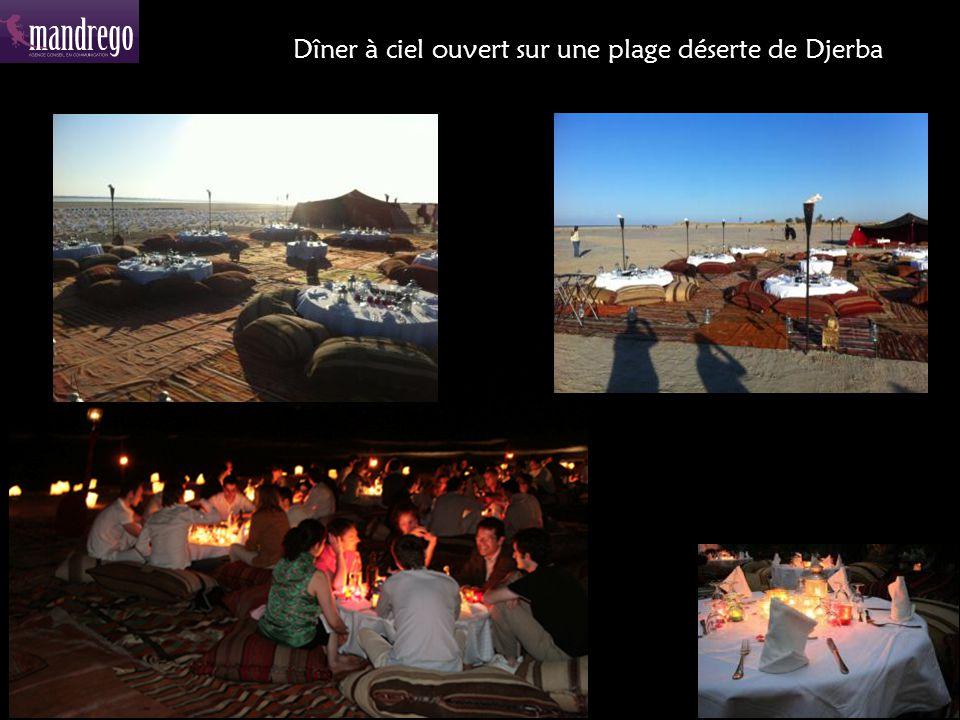 Dîner à ciel ouvert sur une plage déserte de Djerba