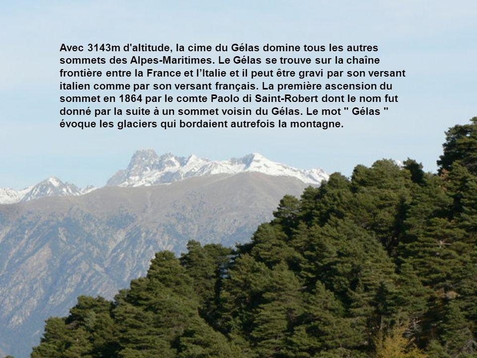 La Cougourde (2921m) Les caïres de cougourde, ou plus communément la Cougourde, est un sommet frontalier situé dans la chaîne des Alpes dans le massif