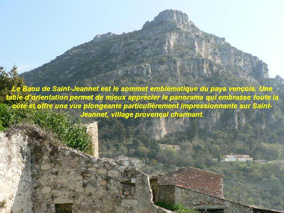 Le Mangiabo Porte dentrée du Mercantour avec ces 1821m daltitude et très proche du littoral le Mangiabo offre un panorama incontournable sur larrière