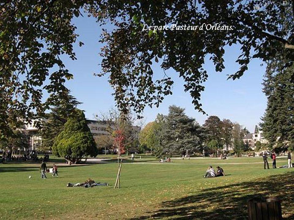Le parc Pasteur d'Orléans.