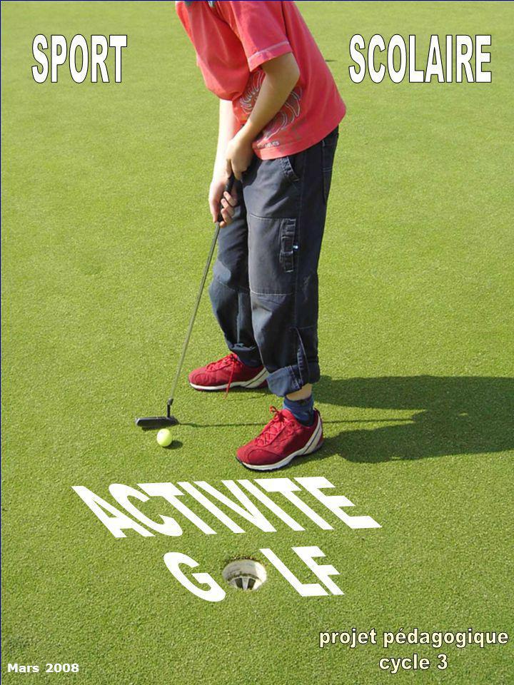 LE GOLF…… …..un jeu dadresse Le golf consiste à envoyer une balle dans un trou à laide dune canne en un minimum de coups Des compétences de coordination, dadresse, déquilibre, de souplesse, de maîtrise de soi (calme et réflexion), de stratégie et de respect (terrain, matériel et joueurs) sont développées à travers cette activité.