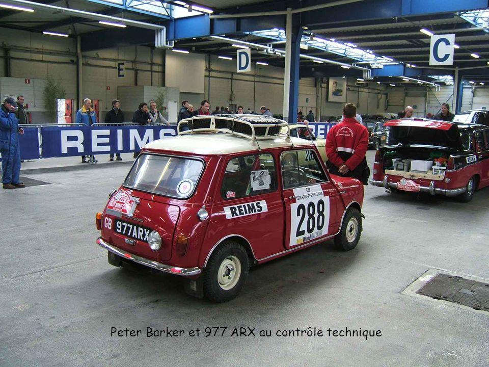 Peter Barker et 977 ARX au contrôle technique