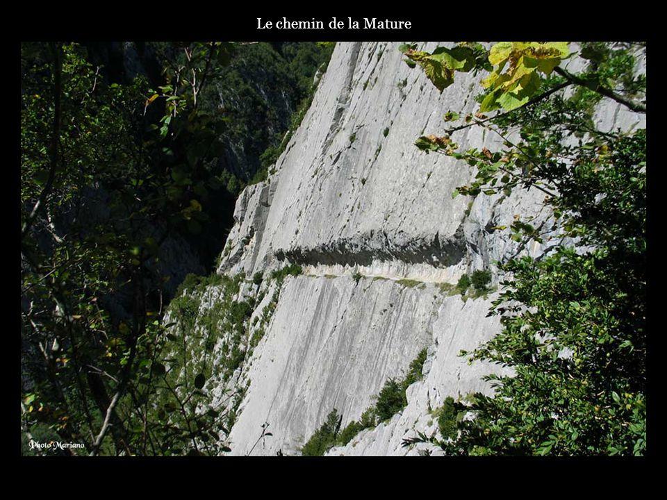 .. Lac d Estaens (1754m) et pic Gabedaille (2258m)