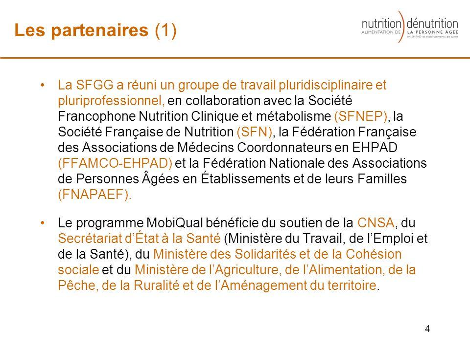 La SFGG a réuni un groupe de travail pluridisciplinaire et pluriprofessionnel, en collaboration avec la Société Francophone Nutrition Clinique et métabolisme (SFNEP), la Société Française de Nutrition (SFN), la Fédération Française des Associations de Médecins Coordonnateurs en EHPAD (FFAMCO-EHPAD) et la Fédération Nationale des Associations de Personnes Âgées en Établissements et de leurs Familles (FNAPAEF).