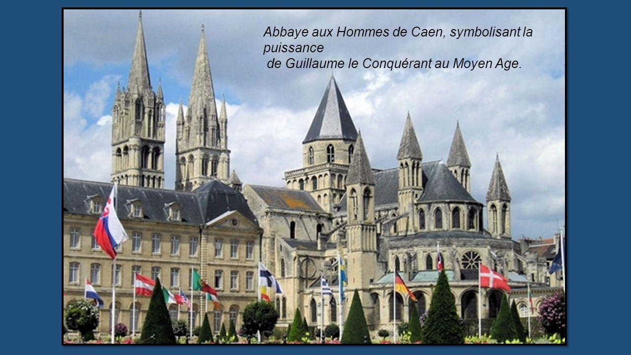 MONUMENTS EMBLÉMATIQUES FRANÇAIS Sélection du Patrimoine Historique, civil ou religieux proposé par Jackdidier (n° 1) Montpellier Aqueduc Les Arceaux.