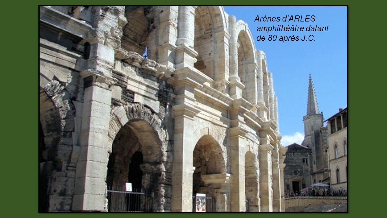 Abbaye aux Hommes de Caen, symbolisant la puissance de Guillaume le Conquérant au Moyen Age.