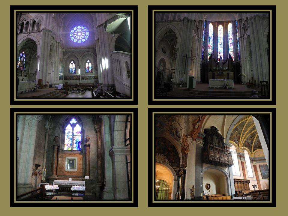 Basilique Saint François de Sales et, contigüe léglise Saint Hyppolite