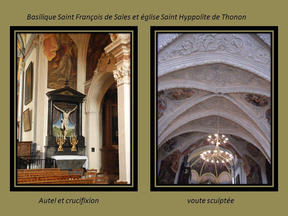 Magnifiques décors intérieurs de la Basilique et de l Eglise de Thonon.