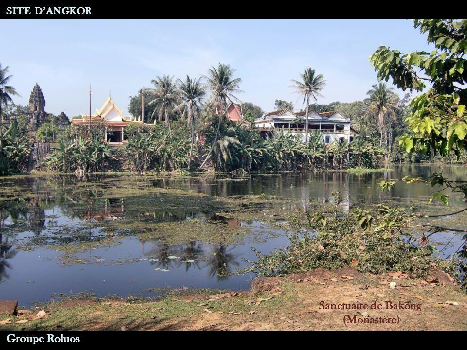 Sanctuaire de Bakong Groupe Roluos SITE DANGKOR