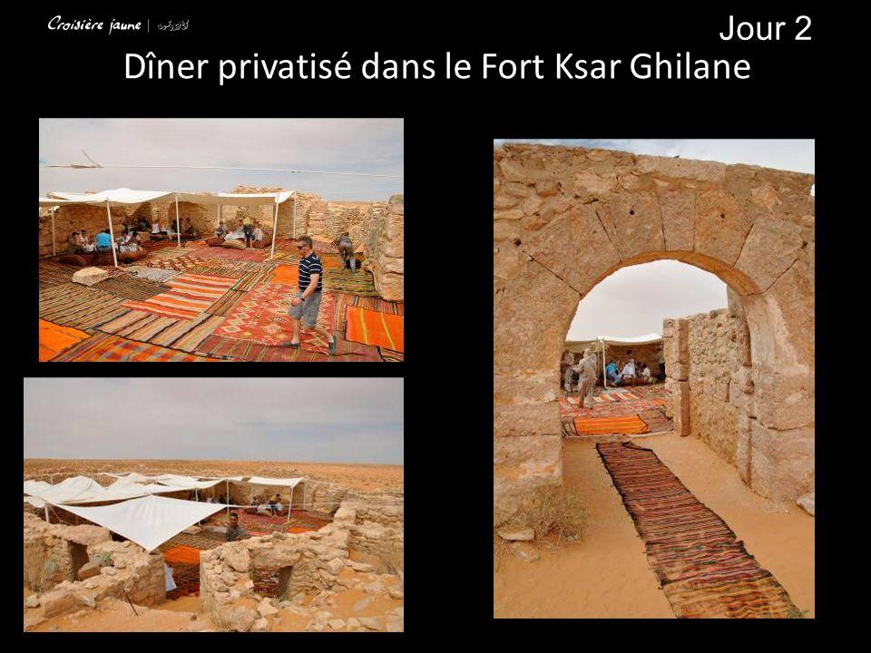 Jour 2 Dîner privatisé dans le Fort Ksar Ghilane