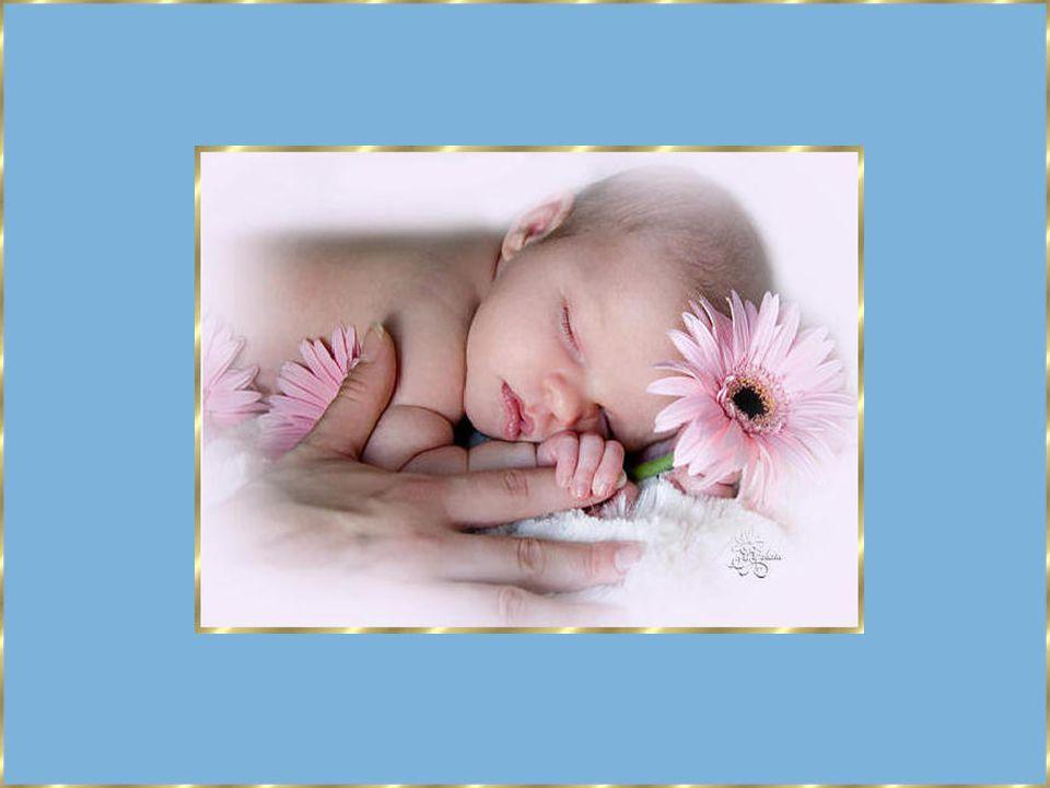 Ma consolation en entrant chez moi Comme toujours tu mattends Comme tu es gentil, mon petit papa chéri Et dans un mouvement de tendresse Tu me prends