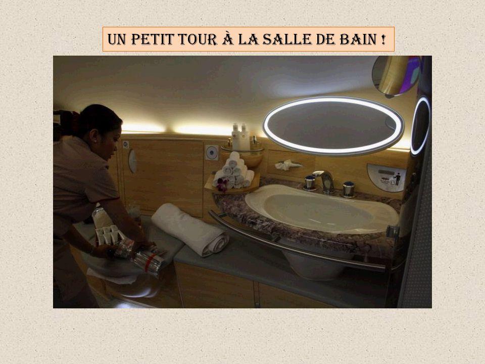 UN PETIT TOUR À LA SALLE DE BAIN !