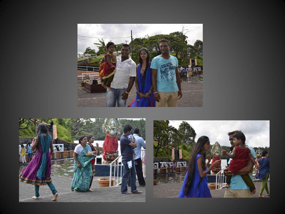 Cérémonie de la promesse: rituel dans un temple tamoul