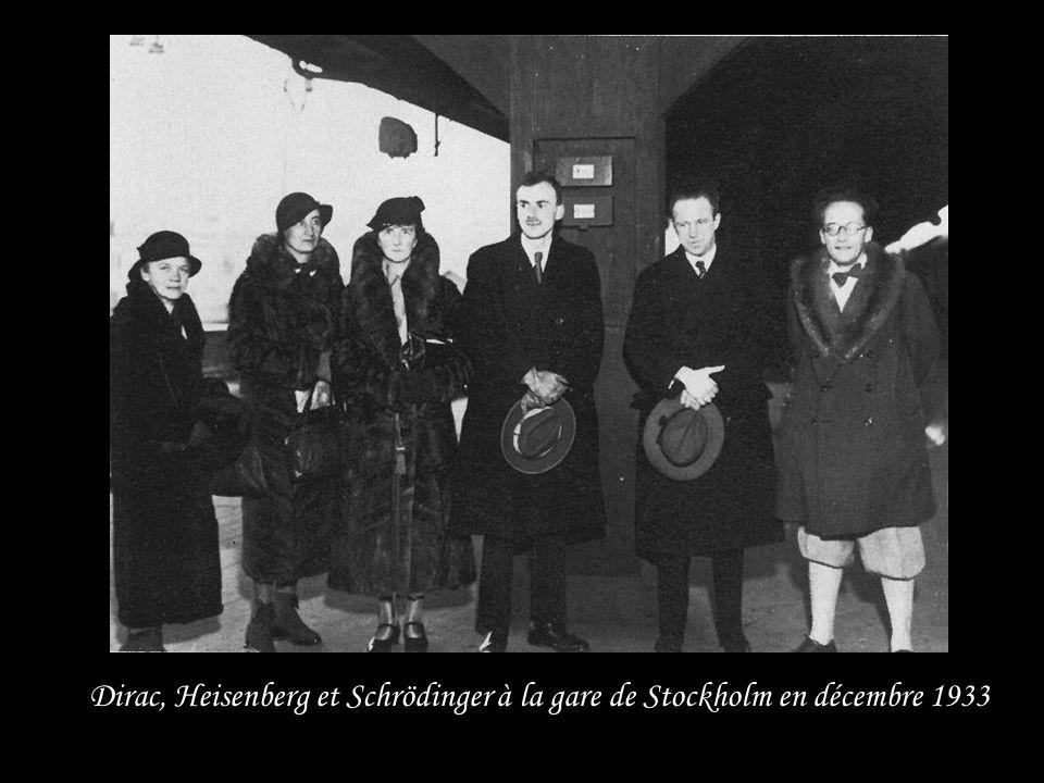 1933 : Prix Nobel de Physique avec Erwin Schrödinger Pour « la découverte de formes nouvelles et productives de la théorie atomique » Dans un premier
