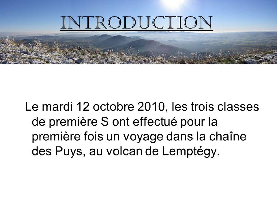 Le mardi 12 octobre 2010, les trois classes de première S ont effectué pour la première fois un voyage dans la chaîne des Puys, au volcan de Lemptégy.
