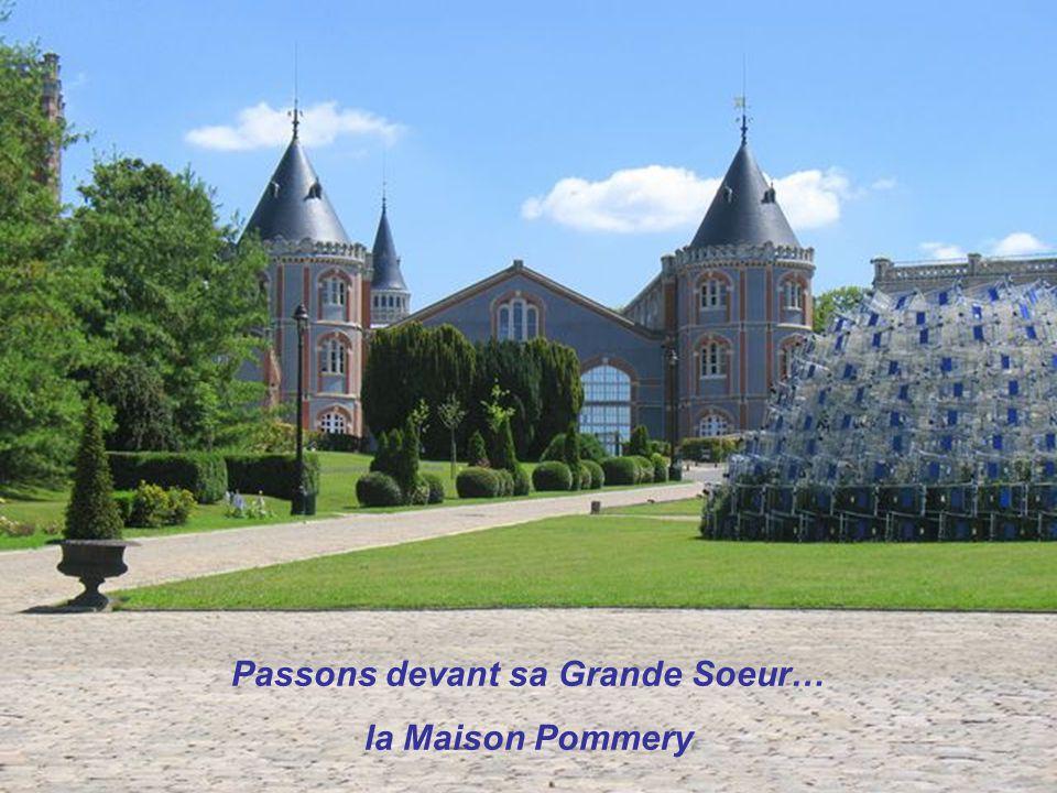 Nathalie et Paul-François Vranken ont acheté, en 2004, cette incroyable demeure dans la périphérie de Reims.