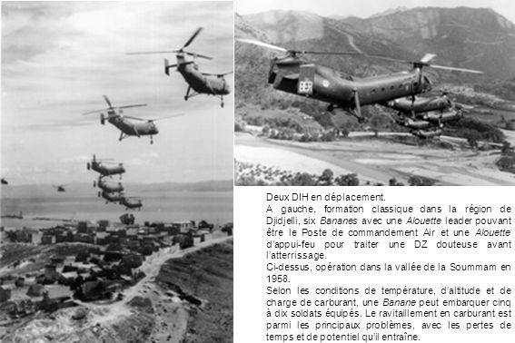Deux DIH en déplacement. A gauche, formation classique dans la région de Djidjelli, six Bananes avec une Alouette leader pouvant être le Poste de comm