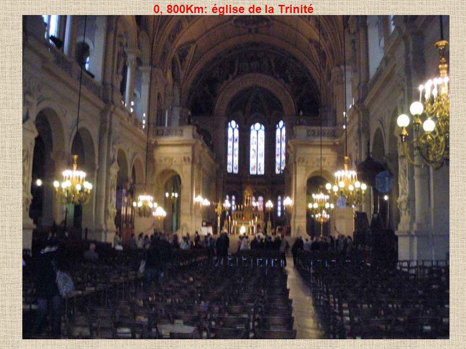0, 800Km: église de la Trinité