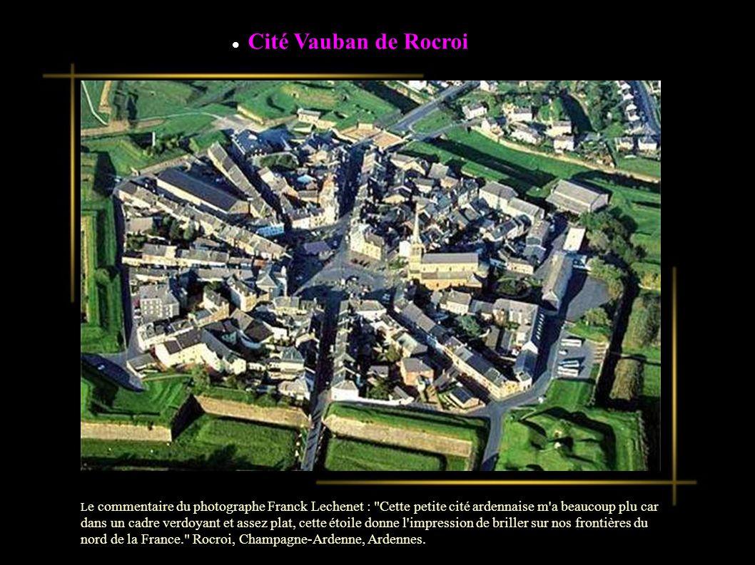 L e commentaire du photographe Franck Lechenet : Outre la citadelle qui est accrochée à son éperon de roches, la ville de Briançon est magnifique.