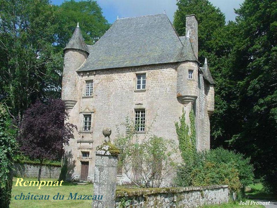 Nedde lancien château, réaménagé (v illage de vacances)