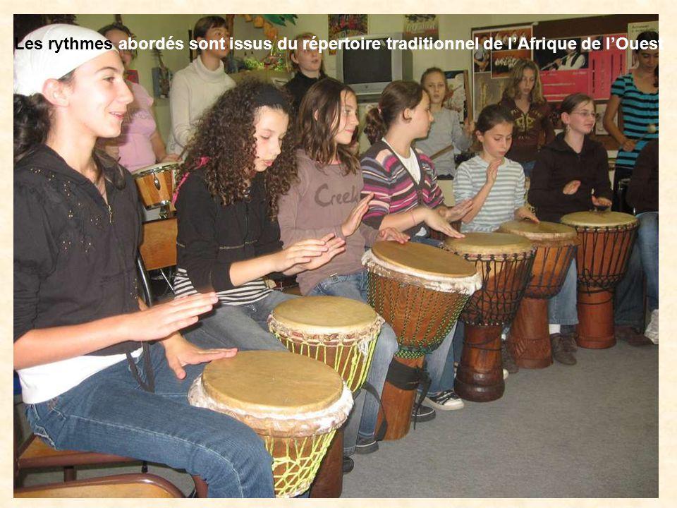 Les rythmes abordés sont issus du répertoire traditionnel de lAfrique de lOuest