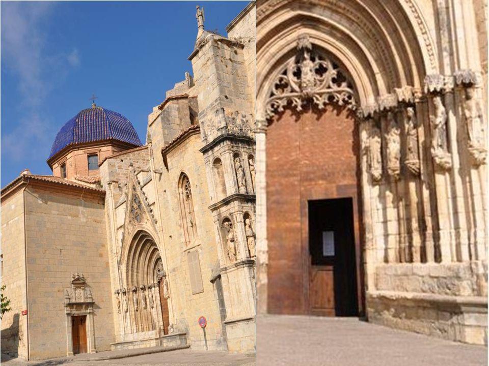Le temple de Morella Il date du XIIIème siècle et présente Différents styles darchitecture. Sa construction à commencé en 1265 et s est prolongé jusqu