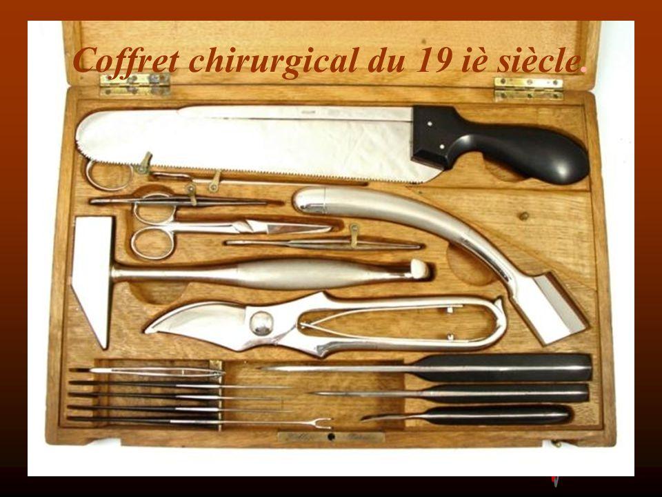 Coffret chirurgical du 19 iè siècle.