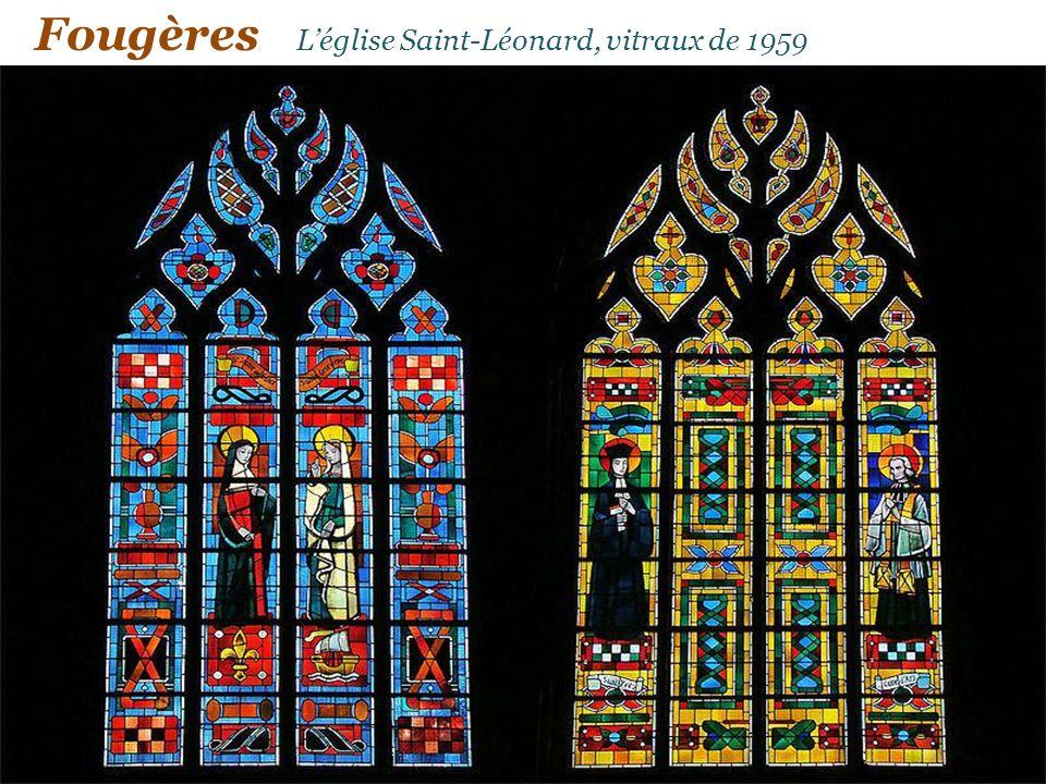Léglise Saint-Léonard et le jardin public Fougères