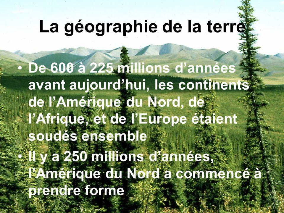 La géographie physique La terre est âgée de 4,5 milliards dannées Elle est composée de 3 couches: 1. La croûte mince couche de roc, 5 à 35 km dépaisse