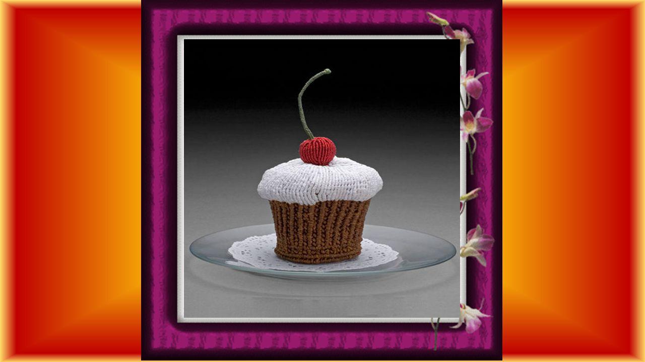 Vient alors la terre promise, La retraite tant espérée Qui met en fête des projets Et sur le gâteau la cerise.