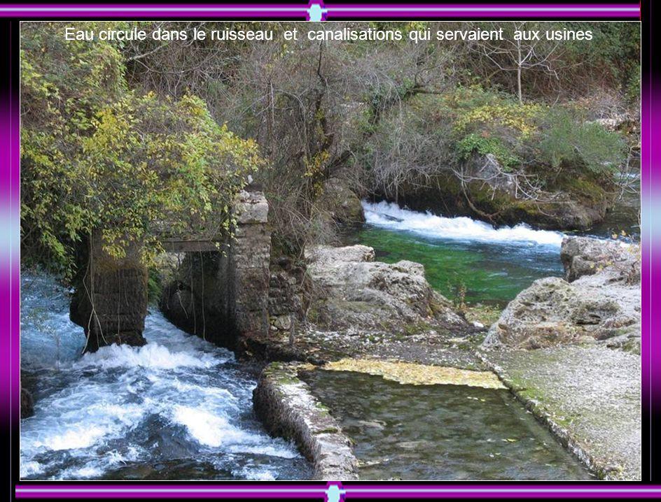 Cascade de la fontaine-de-Vaucluse