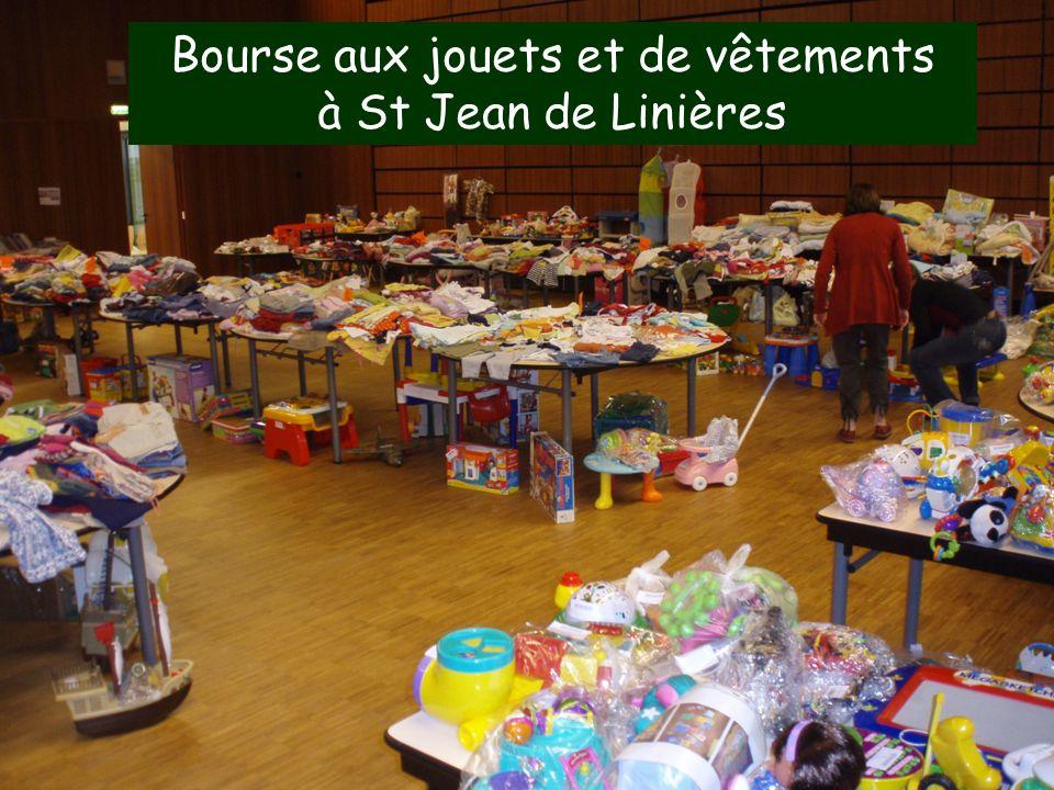 14 Bourse aux jouets et de vêtements à St Jean de Linières