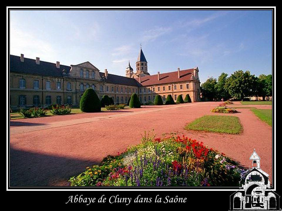 Abbaye de Saint Martin du Canigou en Roussillon