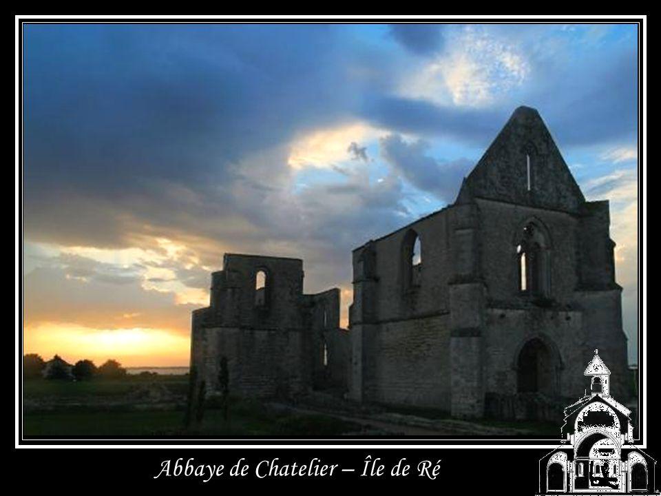 Abbaye de Tamié dans le massif des Bauges