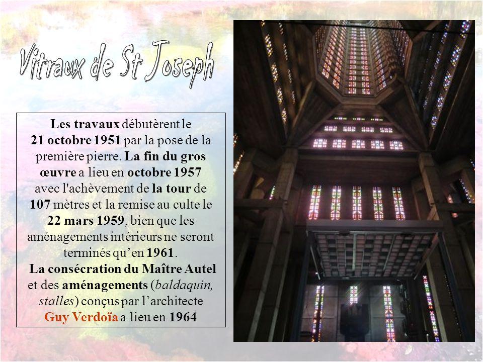L'église Saint-Joseph est un édifice emblématique du centre-ville reconstruit du Havre. C'est le premier monument que l'on voit en arrivant par la mer