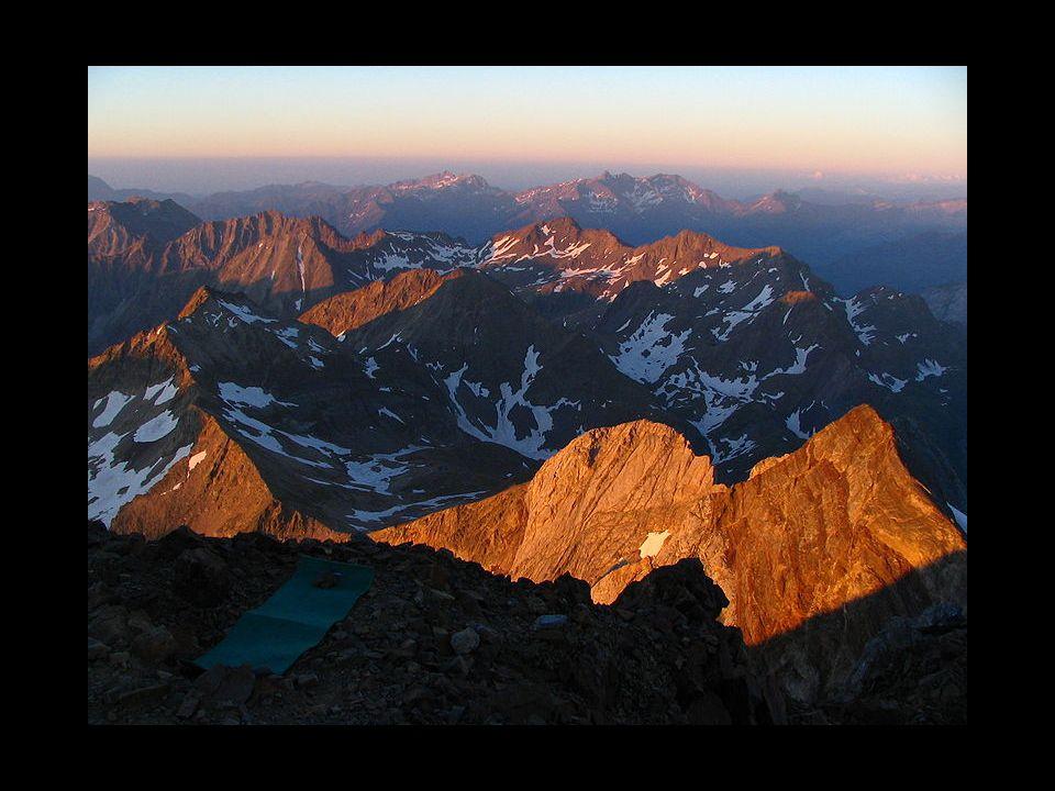 Le Pic du Midi d Ossau