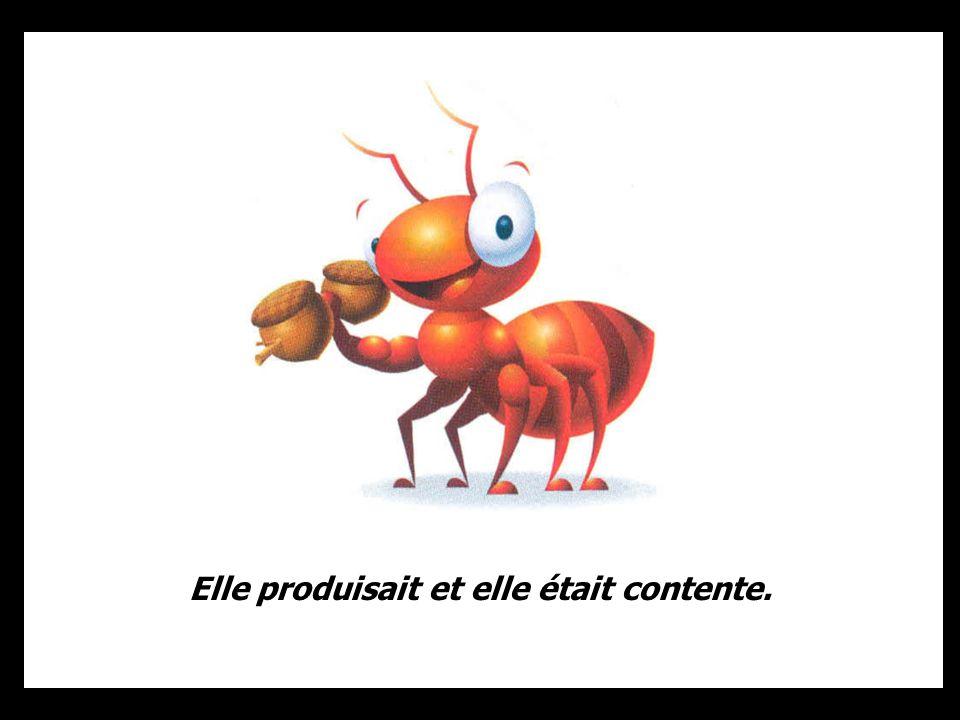 Tous les jours, une petite fourmi arrivait en avance au boulot, et se mettait au travail.