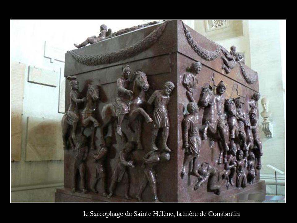 le Sarcophage de Sainte Hélène, la mère de Constantin