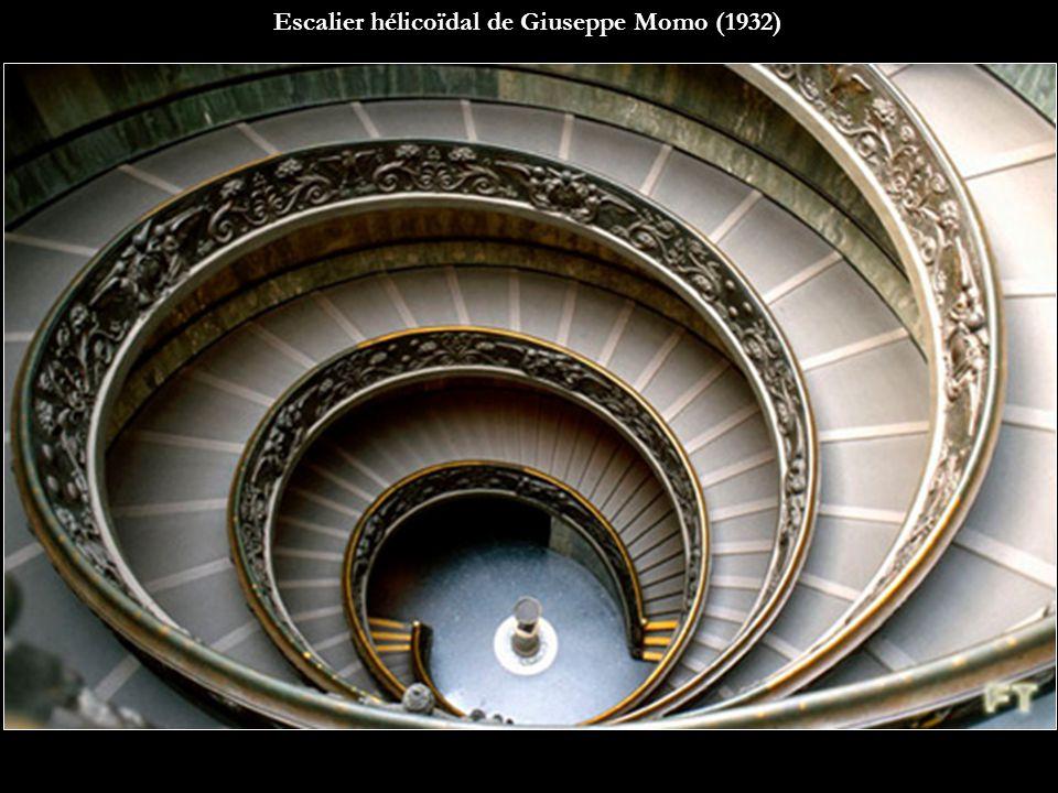 Escalier hélicoïdal de Giuseppe Momo (1932)