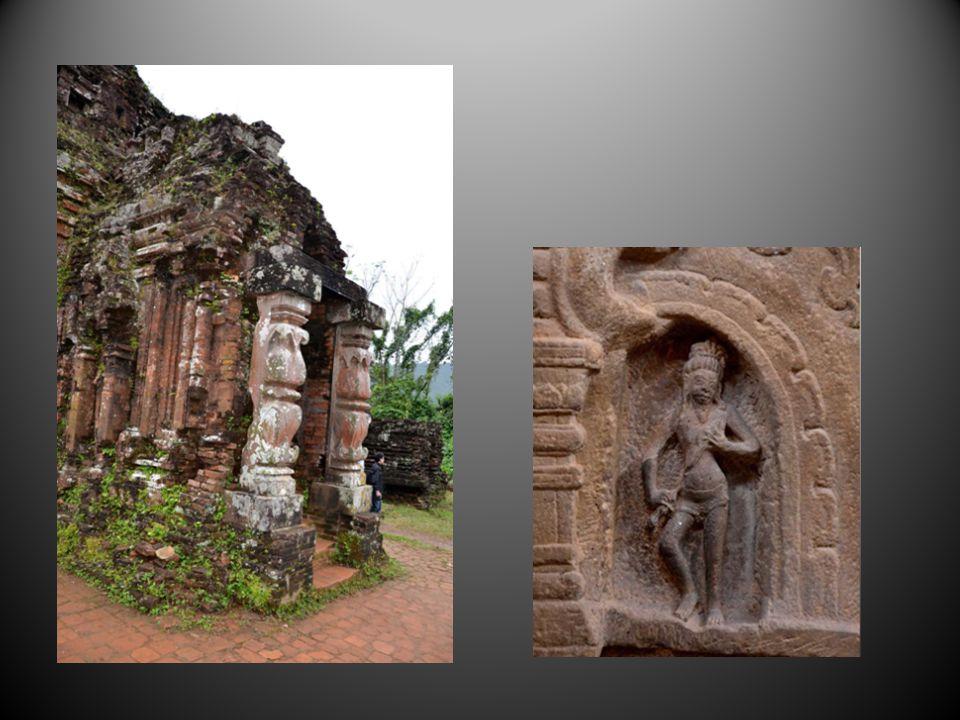 Les temples chams au milieu de la forêt restent des vestiges dune civilisation dinspiration hindouiste qui a ravagé et dominé le monde voisin des kmer