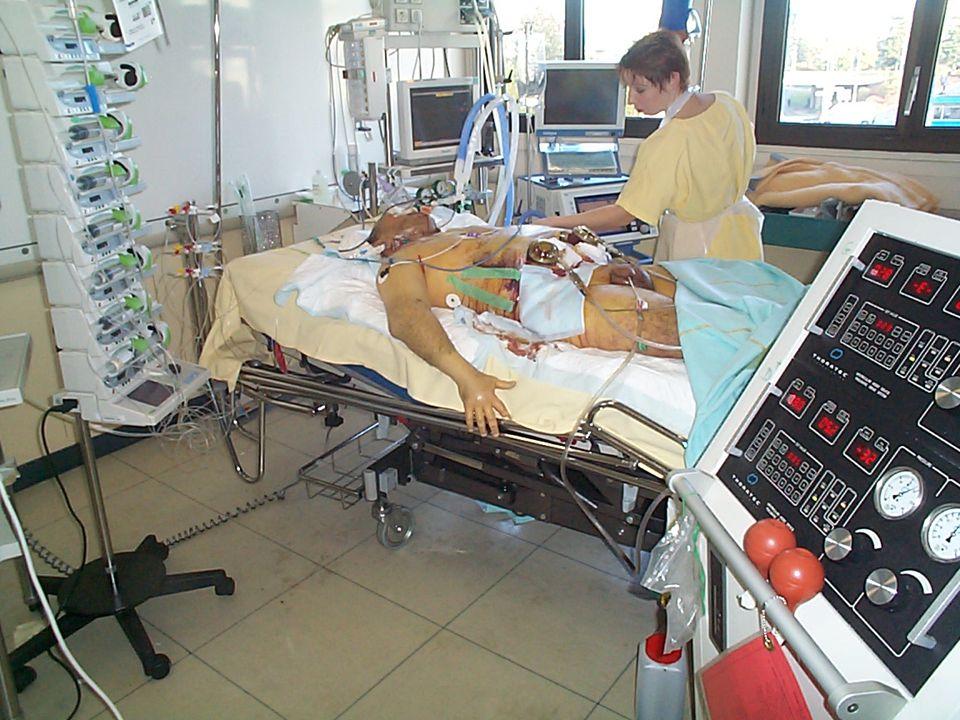 Questionnaires adressés aux médecins de lOregon en 1999: 2649/4053 réponses ( 65%) 144 demandes SMA, 165 patients Âge: 68; cancer: 67%; survie <6 mois: 76% Depression: 20% refus de prescription Prescription: 29 (18%) 94% des décès assistés au domicile Produit léthal: barbituriques: 98% NEJM 2000; 342: 557