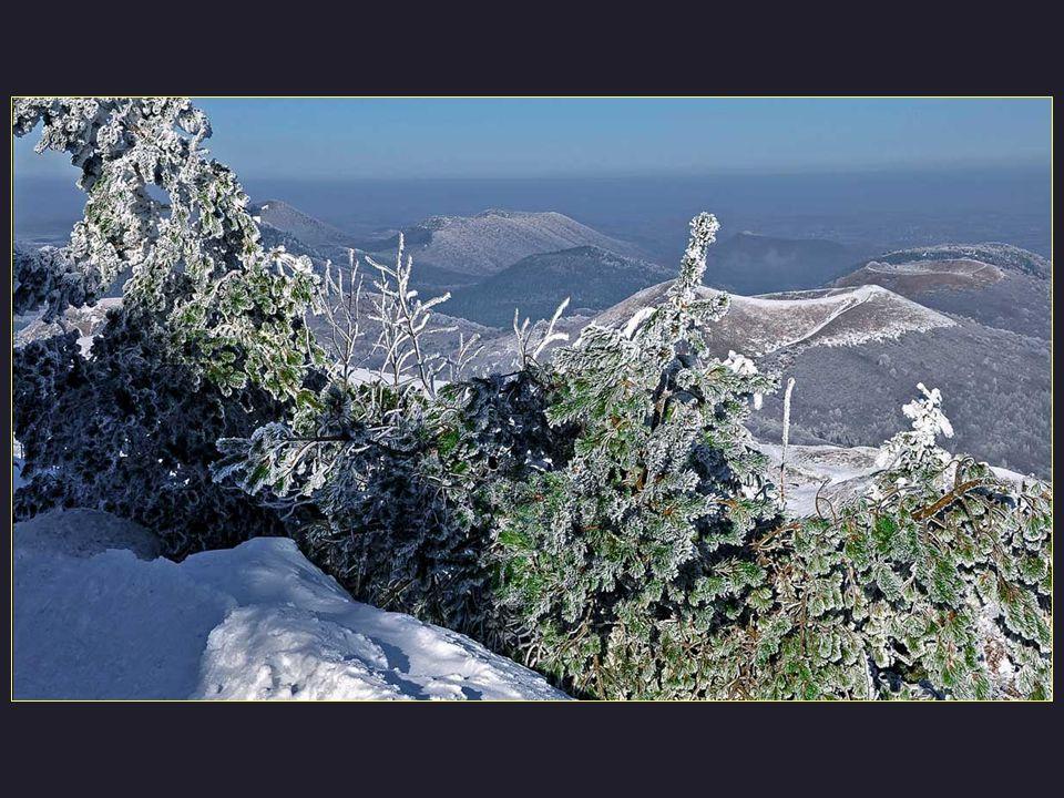 A vous, les brumes et neiges hivernales.