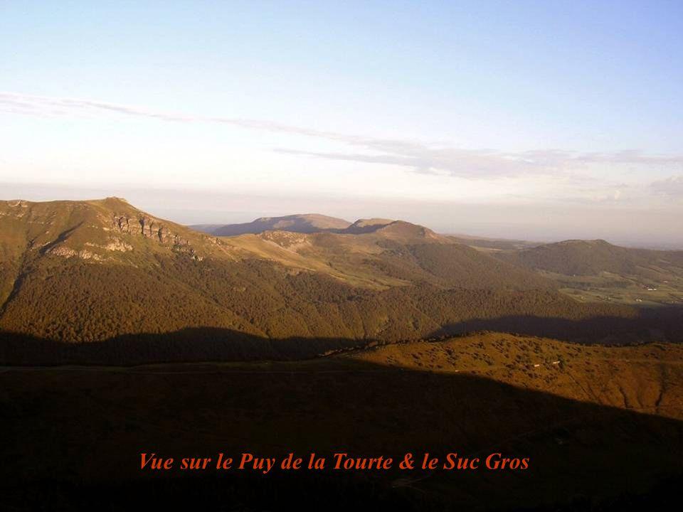 Vue sur le Puy de la Tourte & le Suc Gros